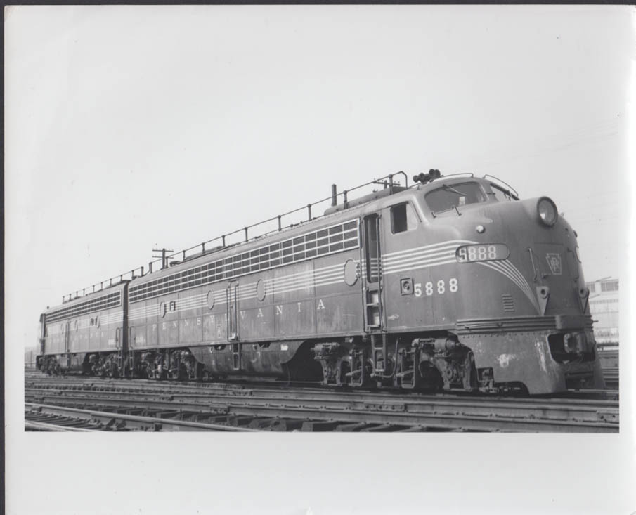 Image for Pennsylvania RR EMD E8 #5888-5889 diesel electric locomotives photo undated