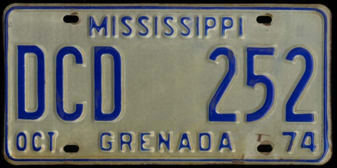 Image for State of Mississippi Automobile License Plate DCD 252 Grenada County 10 1974