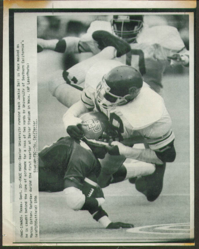 Image for USC's Cotton stops Baylor's Jackie Ball photo 1986