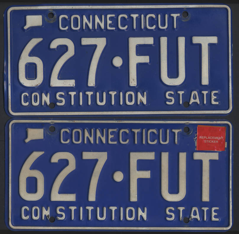 Image for PAIR Connecticut license plates 627-FUT 1987-base in envelope & 2004 sticker